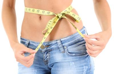 Płaski brzuch za sprawą diety? Dowiedz się jakie produkty są najlepsze na brzuch.