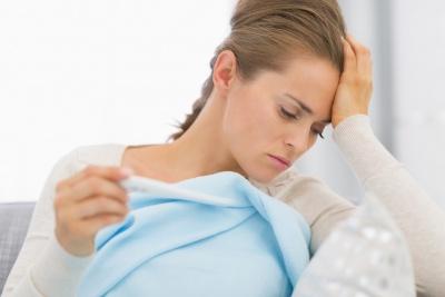 Czy angina jest zaraźliwa? Charakterystyczne objawy anginy - jak ją rozpoznać?