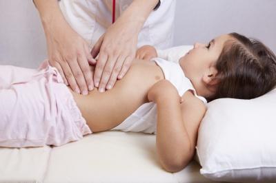 Zapalenie wyrostka robaczkowego u dzieci – objawy i leczenie