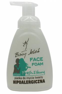 Hipoalergiczna pianka do mycia twarzy BIAŁY JELEŃ FRESH & YOUNG dla nastolatków,275 ml