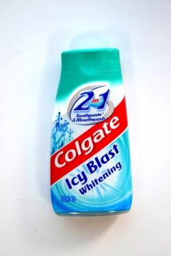 Colgate Icy Blast Whitening 2w1, płyn, 100 ml