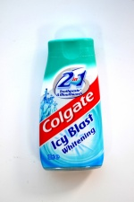 Colgate Icy Blast Whitening 2w1